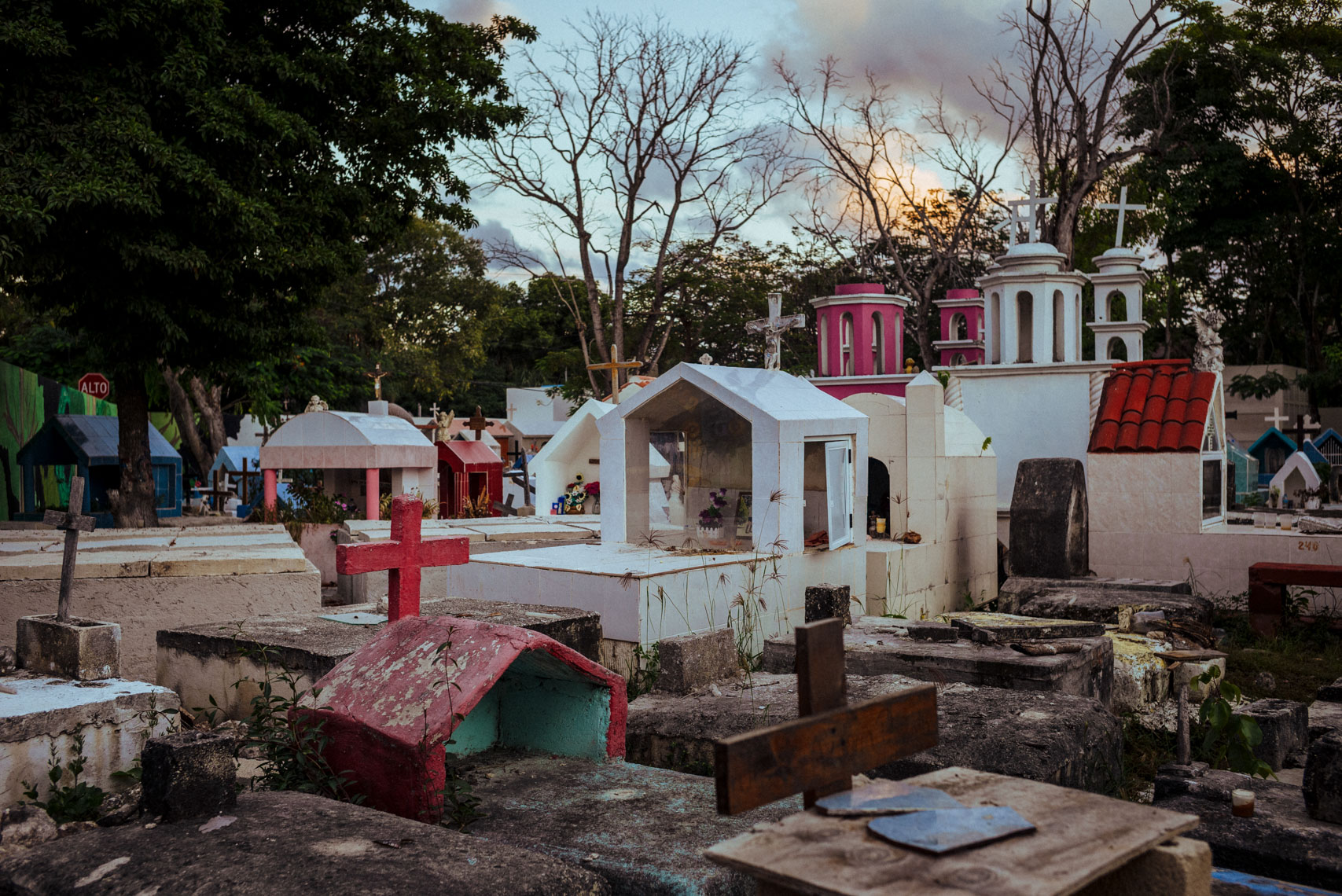 richard-schabetsberger-cemetries-of-mexico-005